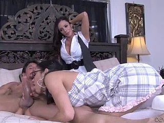 Порно сеск със мъш видео