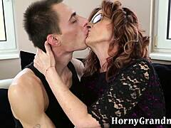 Free video old woman have sex